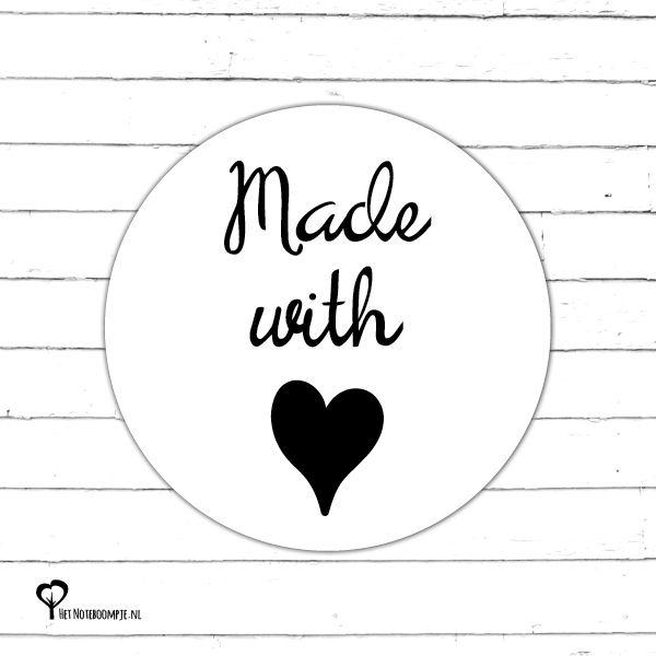 5 Ronde stickers met de tekst 'Made with love' met een diameter van 40mm. Bijv. te gebruiken als sluitzegel of om een ingepakt cadeautje op te vrolijken!