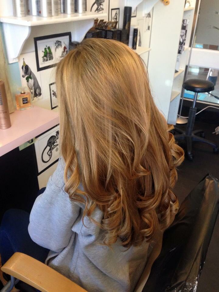 Bouncy blow dry and gorgeous highlights for a natural caramel blonde #blonde…