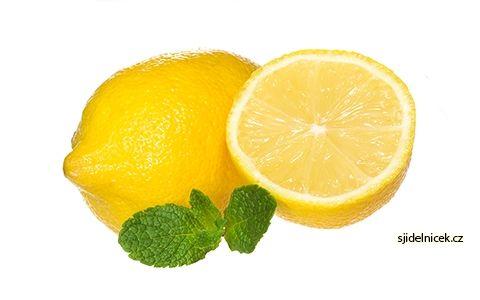 Voda s citronem pomáhá na hubnutí i zdravotní potíže