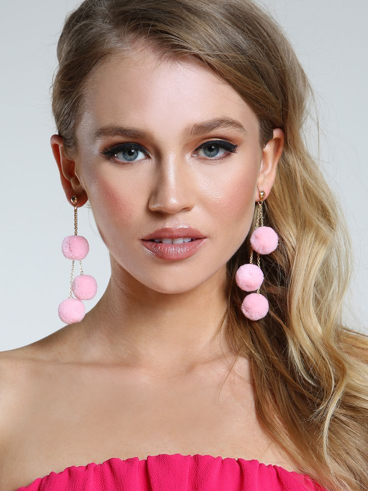 Shop Layered Pom Pom Earrings LIGHT PINK online. SheIn offers Layered Pom Pom Earrings LIGHT PINK & more to fit your fashionable needs.