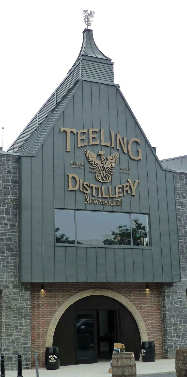 Teeling Whiskey Distillery ༺✿༺  The first whiskey distillery to open in Dublin, in over 125 years.
