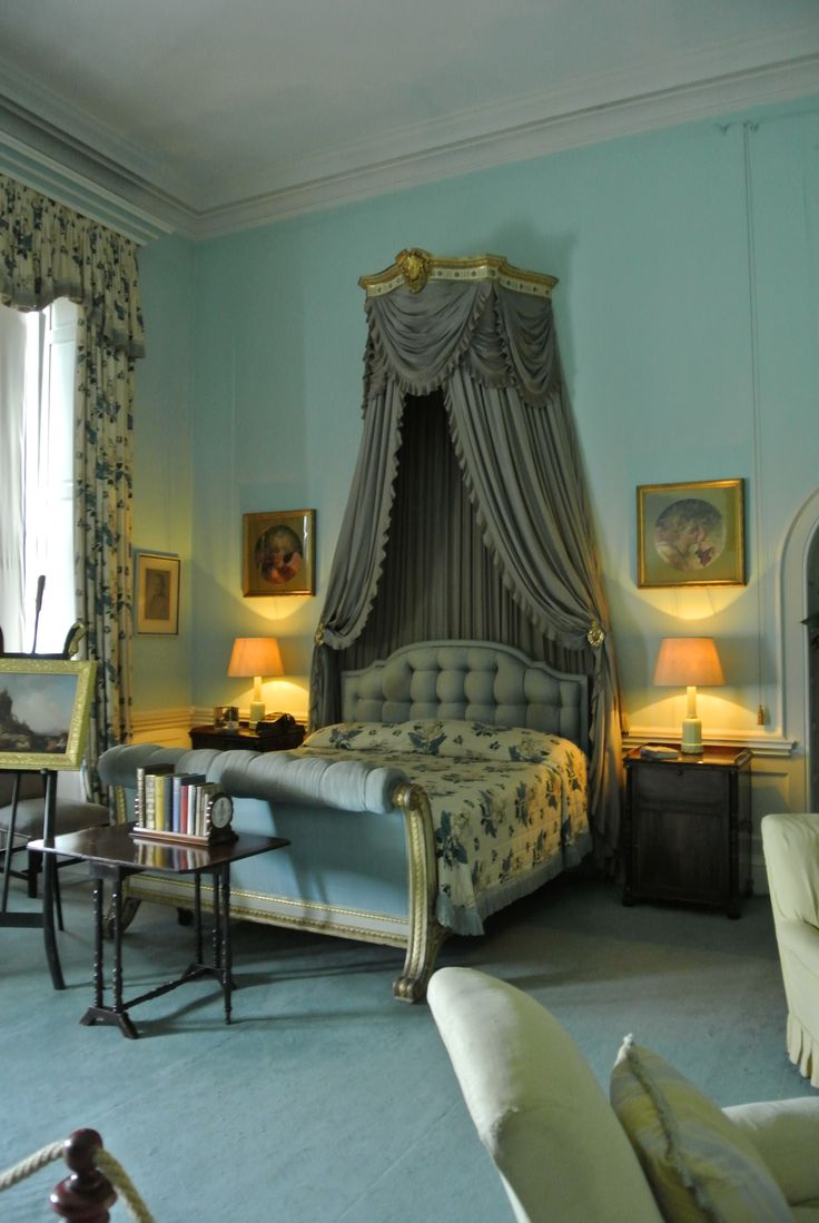 Principal bedroom in an historic home with an interior inspired by - The Windsor Bedroom Belton House By Bea Broadwood