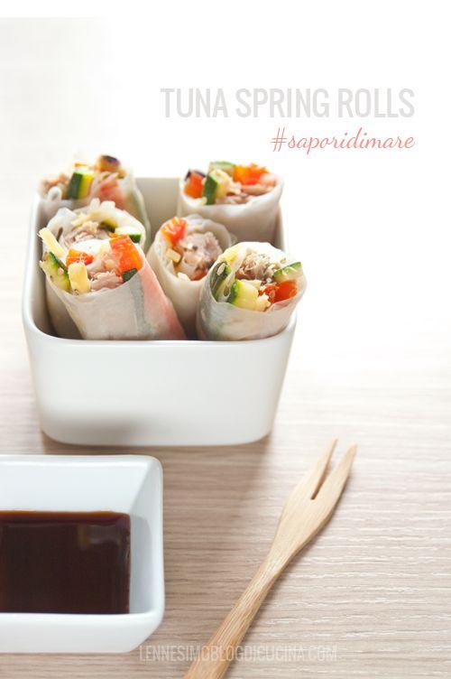 Involtini vietnamiti di carta di riso con tonno e verdure