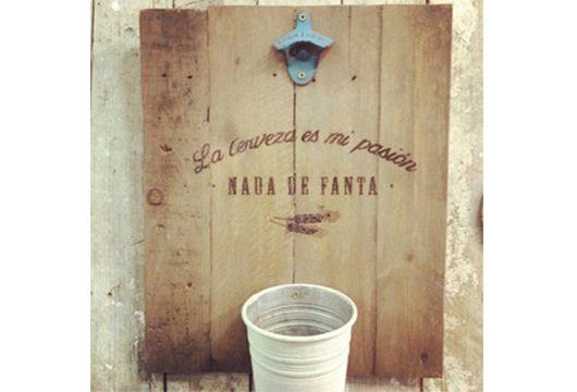 """Panel vintage """"pasión por la cerveza"""" o """"rock and roll"""". 11 abril/12:00 pm - 2:00 pm"""