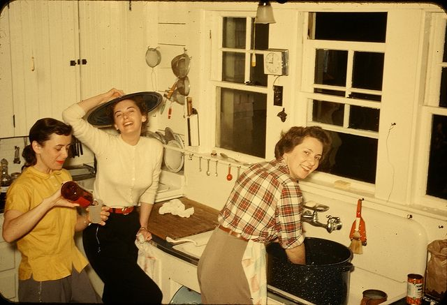All sizes | Kitchen Clean-up Duty with Party Girls - Kodachrome 1950's | Flickr - Photo Sharing!