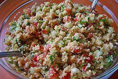 Taboulé – Arabischer Salat mit Couscous oder Bulgur und Gemüse