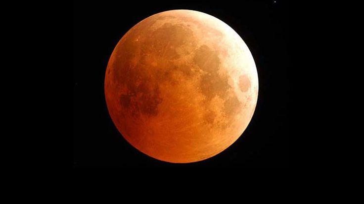 'Luna sangrante': El eclipse lunar más corto del siglo tendrá lugar el próximo sábado 4 de abril.