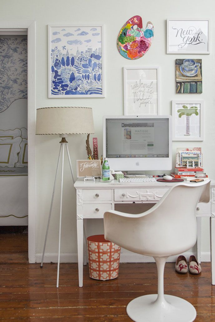 30 Creative Home Office Ideas: Working from Home in Style - love the palette on the wall