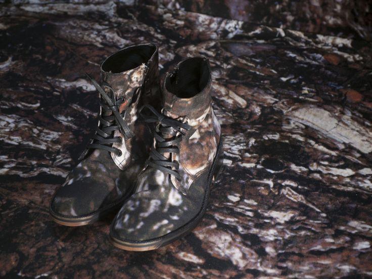 Zapatos: colaboración New Cross + Olga Piedrahita