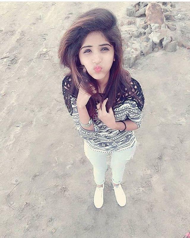 35ac2822bb16 Pin by Neha Sharma on instagram in 2019 | Wedding girl, Cute girl photo,  Wedding photography