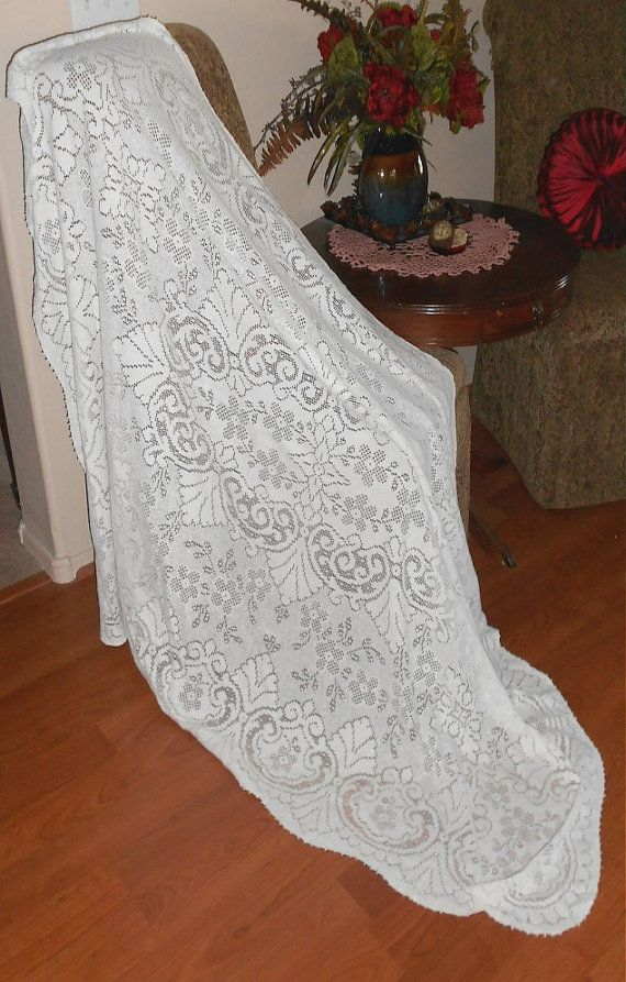 ANTIQUE Victorian Tablecloth Table Cloth Lace Lacy White Shabby Cottage Chic 64 by 50 Rectangle Floral Ornate vintage