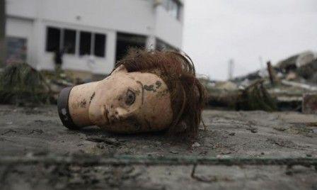 Google Image Result for http://newsjunkiepost.com/wp-content/uploads/2011/03/stunning-photos-of-post-apocalyptic-japan-448x268.jpg