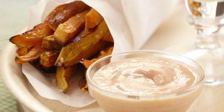 Sweet Potato Fries with Cajun Yogourt Dip