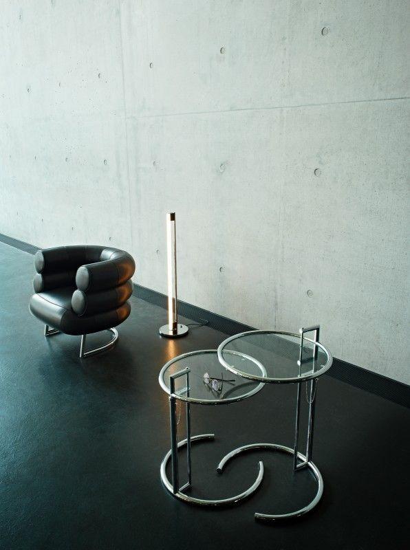 #ClassiCon Adjustable Table E1027   Unter den Klassikern ist dies wohl der Klassiker. Seine genial proportionierte, unverwechselbare Form hat den höhenverstellbaren Tisch zu einer der populärsten Design-Ikonen des 20. Jahrhunderts werden lassen. Er ist nach dem Sommerhaus E 1027, ...