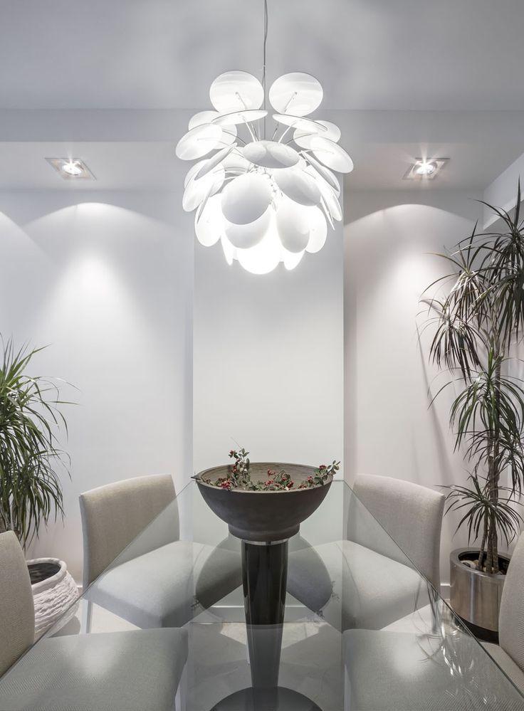 La suspension chambre motion 35 habillera avec style votre pièce imposant ce luminaire crée
