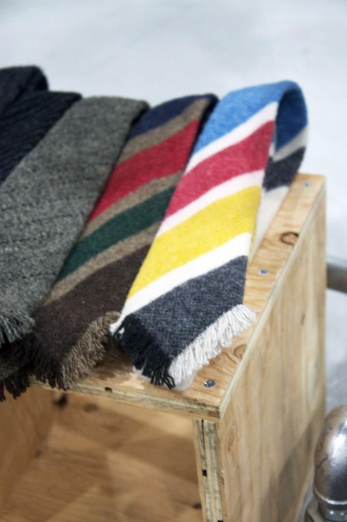 Hudson's Bay Company - the tie