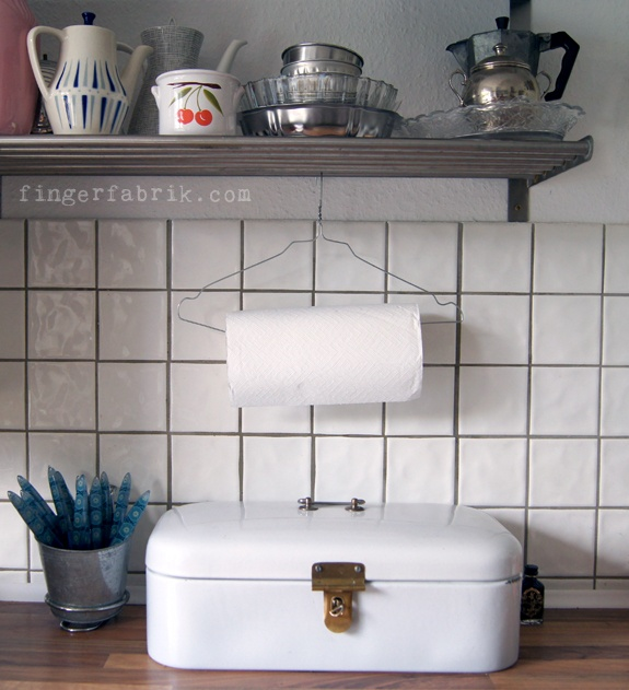 85 best Kleiderbügel images on Pinterest | DIY, Metal hangers and ...