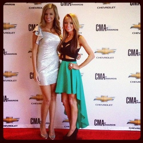 'Teen Mom' Maci Bookout Dresses Like a Hot Mom for CMA Awards (PHOTO)