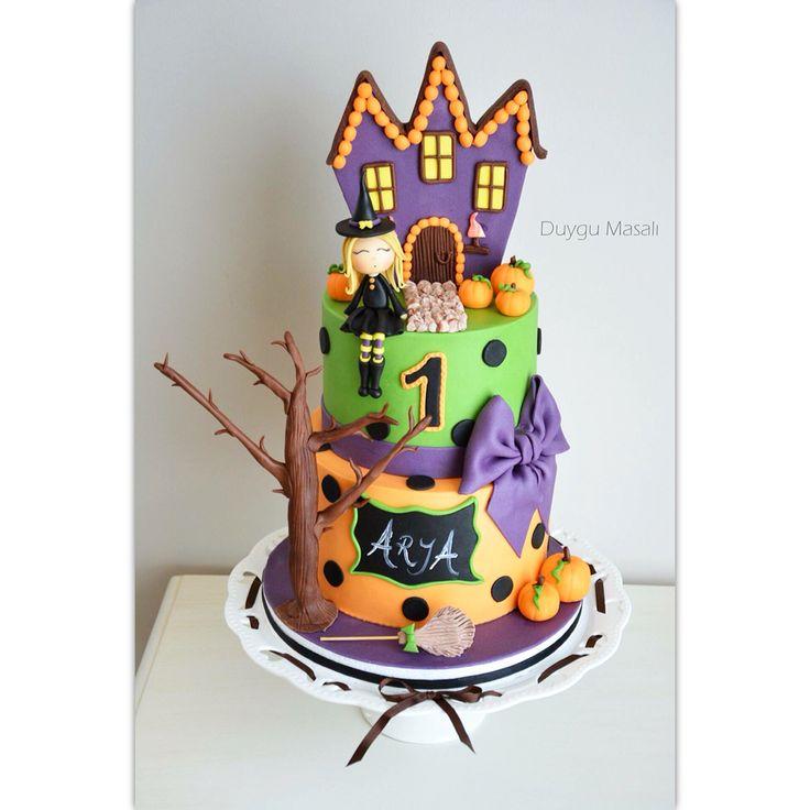 Günaydın!Tatlı Cadı ARYA 1 yaşında🎃duygumasali.com #foodpic #foodie #food #amazing #gumpaste #halloween #hallowencake #pumpkin #pumpkincake #witch #cake #yum #delish #delicious #1stbirthday #birthdaycake #sweet #cakestagram #dessert #baking #awesome #🍰 #foodlover #butikpasta #edirne #edirnepasta #edirnebutikpasta #fondant #like #inlove