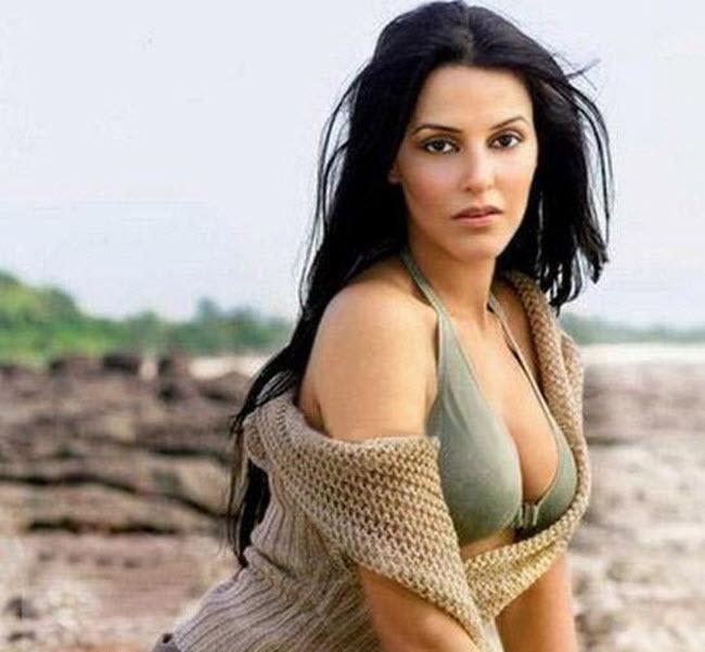 Neha Dhupia sexy Bild