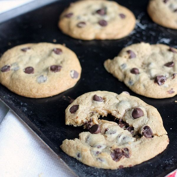 These easy chocolate chip cookies only require 5 ingredients! With only butter, flour, sugar, egg, and chocolate chips you can make great chocolate chip cookies!
