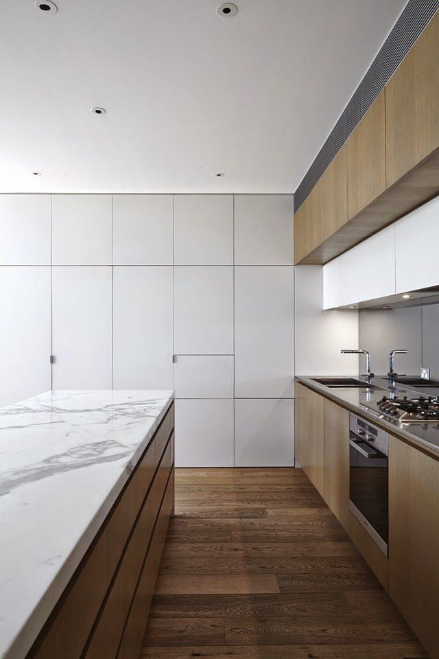 Love the combo of timber and marble but check out that ENORMOUS pantry! #kitchen #luxury #home