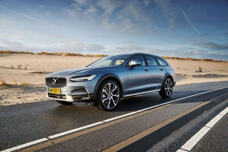 Volvo V90 Cross Country T6 AWD Pro - https://www.topgear.nl/autotests/volvo-v90-cross-country-t6-awd-pro-2017-test/