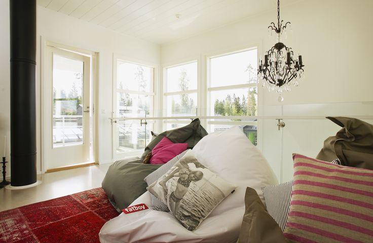 Tiivi ikkunat ja Tiivi terassi ovi- Villa Vuorela-Asuntomessut 2012