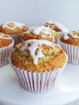 what caroline cooked: Lemon & Poppy Seed Muffins
