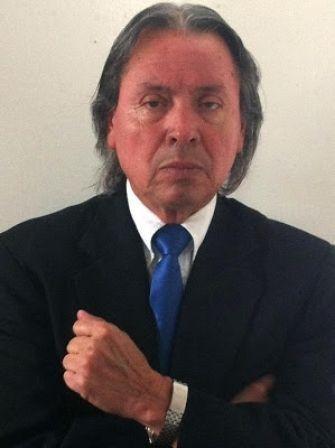 SEMANARIO BALUN CANAN: Palco de Prensa: Las licitaciones públicas.