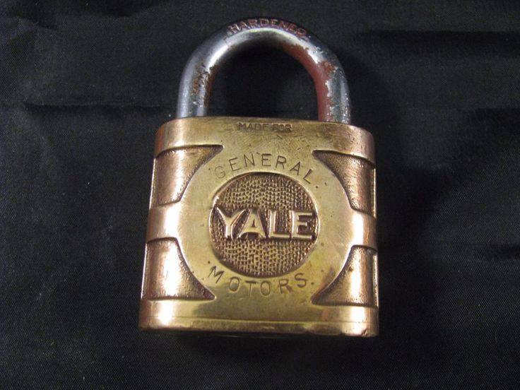 VINTAGE YALE & TOWNE GENERAL MOTORS SUPER PIN TUMBLER PADLOCK -COLLECTIBLE LOCK