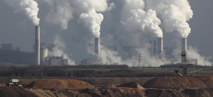 http://www.ucsusa.org/sites/default/files/styles/large/public/images/2014/08/energy-coal-power-plant-smokestacks-with-tailings.jpg?itok=CDqYWOmV