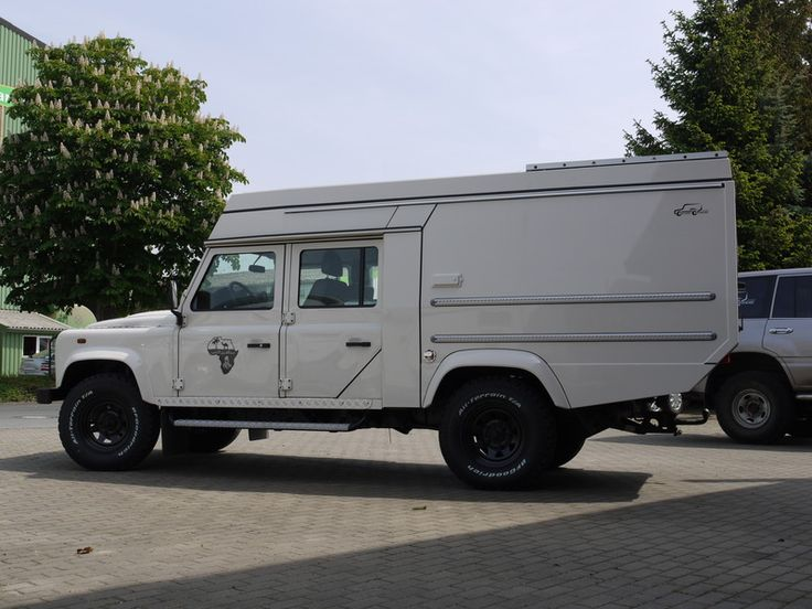 Custom Campers - Land Rover 130 Crew Cab
