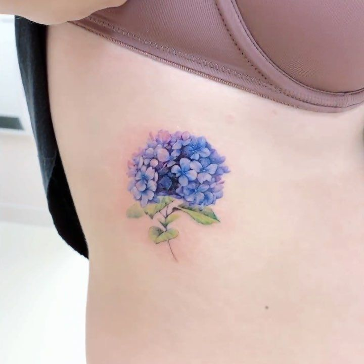 Jia On Instagram Blue Hydrangea Bouquet Hydrangea Tattoo Hibiscus Flower Tattoos Sorry Mom Tattoo