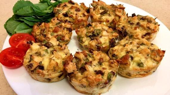 Куриные маффины с грибами и копченым сыром, пошаговый рецепт с фото