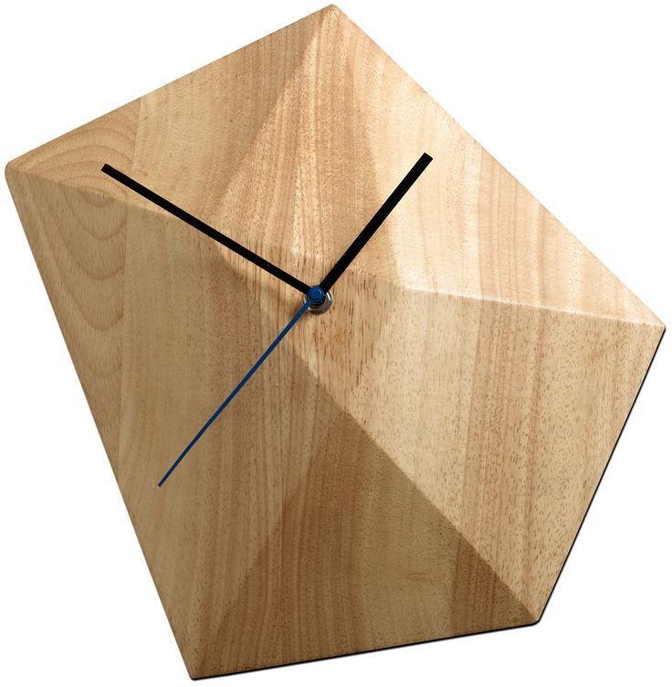 Современные аксессуары для дома - настенные часы от BoConcept