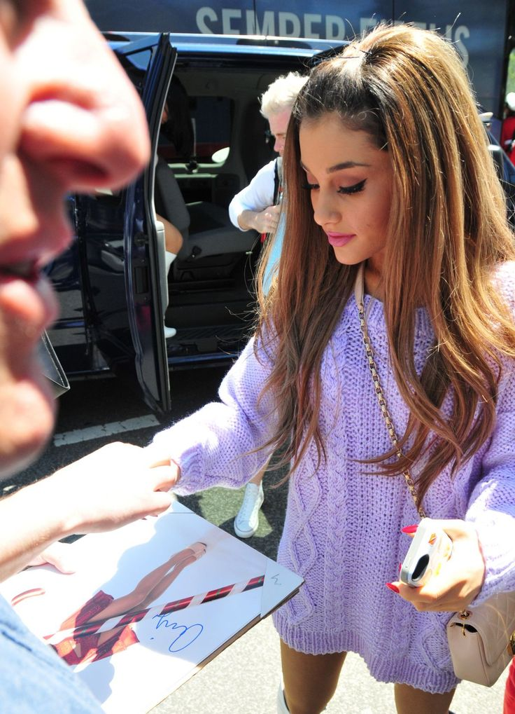 Ariana Grande's House | ARIANA GRANDE at White House Easter Egg Roll in Washington