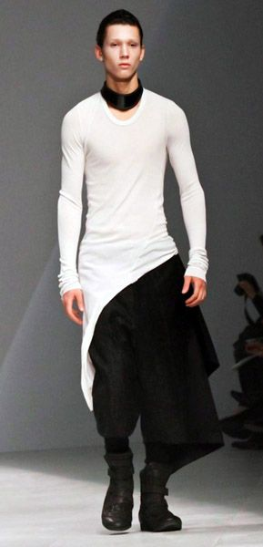 I am 40ibs and 25 years past being able to wear this....DAMN. Черный цвет. Одежда для любителей модно одеватся. Аксессуары: браслеты, рюкзаки. Брюки. Пиджаки. Свитера. Ботинки. Modní černá. Pro milovníky módního oblečení. Náramky. Batohy. Kalhoty. Bundy. Svetry. Boty. Fashionable black. For lovers of fashionable clothes. Accessories: bracelets, backpacks. Pants. Jackets. Sweaters. Shoes.