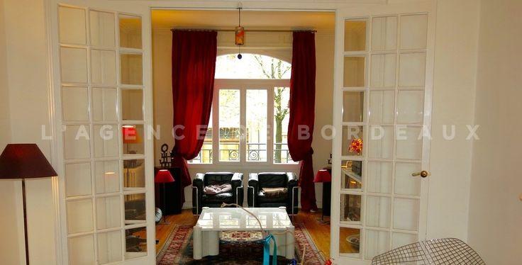 Bordeaux Lescure - Découvrez cette très belle maison art décor avec véranda, jardin, garage et combles aménageables. www.agence-bordeaux.fr #bordeaux #immobilier