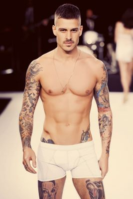 mateus verdelho sexy shirtless hot dude guy