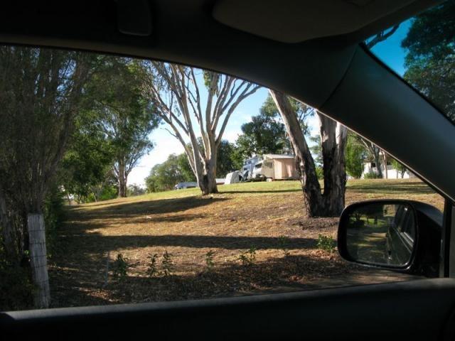 Powered sites for caravans at Sapphire City Caravan Park Inverell NSW.