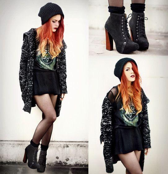 gothic look... LOVE