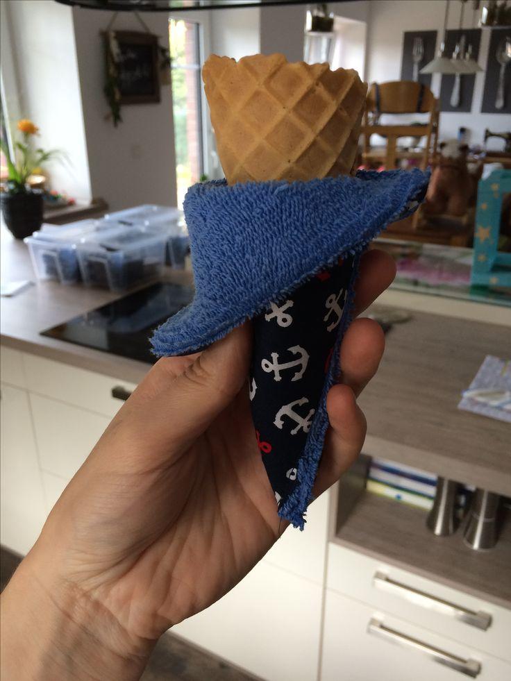 Eistütenhalter,ein Must have für den Sommer mit kleinen Kindern.