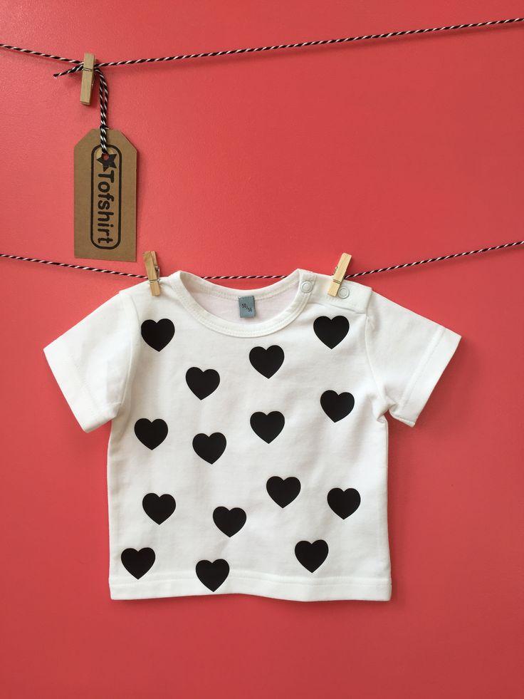 baby shirt / meisjes shirt met hartjes