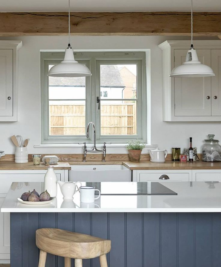 White and Blue Shaker Kitchen Furniture | deVOL Kitchens with Border Oak