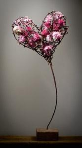 Flowers in the heart floral design Moniek Vanden Berghe                                                                                                                                                      Mehr