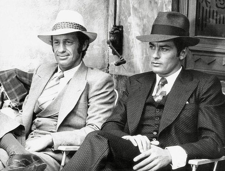 Photo de Jean-Paul Belmondo et Alain Delon dans le film Borsalino