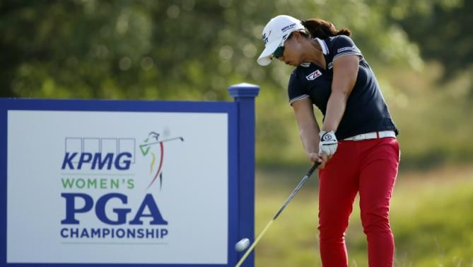 Sei Young Kim, of South Korea, hits her tee shot on the 17th hole during the final round of the KPMG Women's PGA golf championship at Westchester Country Club in Harrison, N.Y., Sunday, June 14, 2015. (AP Photo/Julio Cortez)
