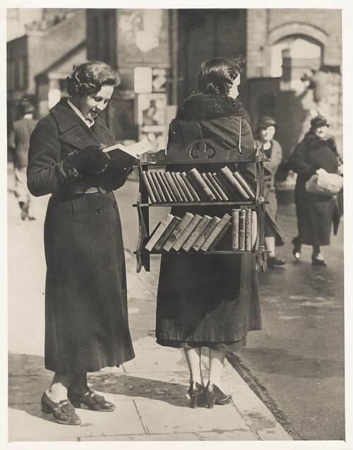 Twitter / ozcanyuksek: Ayaklı kütüphane. (Bir ...