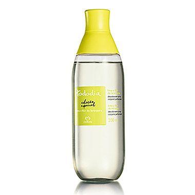 Realçe a beleza da pele com uma refrescante fragrância, ideal para os dias quentes de verão.